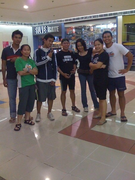 We meet at a mall na lang...so maputik eh...